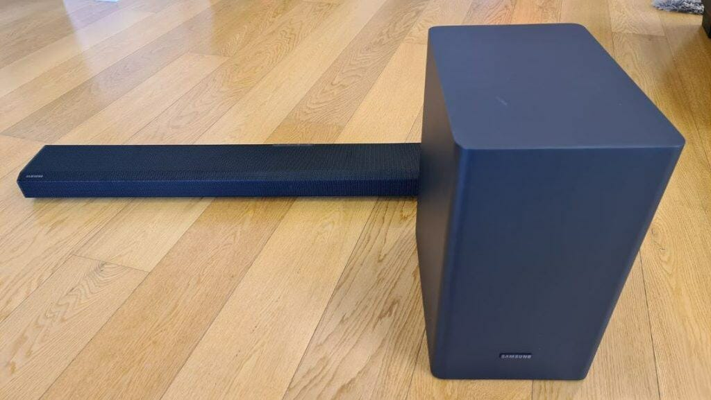 Is It Possible To Put a Soundbar On The Floor (1)